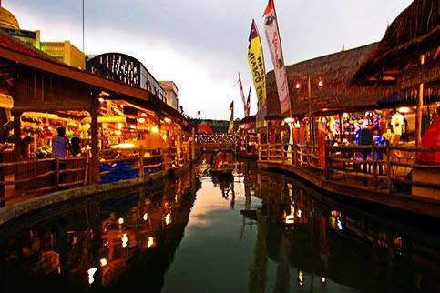 Berwisata Ke Museum Angkut Di Kota Malang 4